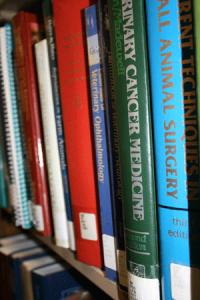 Book_shelf-use